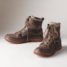 Step out into the bitter cold in warmth and style with this pair of Pajar® leather and canvas winter boots.