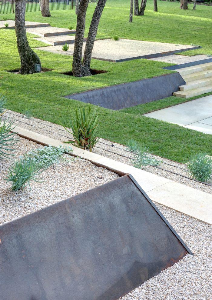 A modern landscaping terrace concrete wall ramps ipe deck - Wow ...