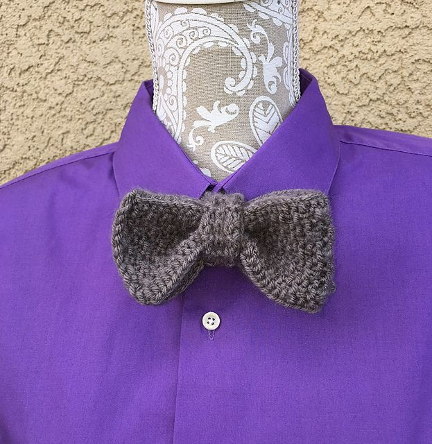 Ravelry: Bow Tie pattern by Dayna Scoles   Loom knitting ...