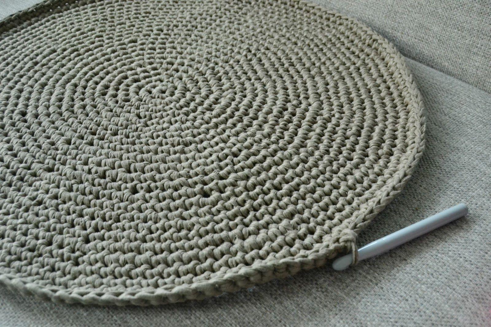 Vloerkleed Haken Google Zoeken Haken Crochet Crochet Yarn En
