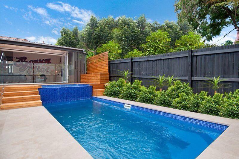 Modern Courtyard Pool Kit 4m X 1 9m Depth 1 29m 1 6 0 Backyard Pool Designs Pool Landscaping Swimming Pool House