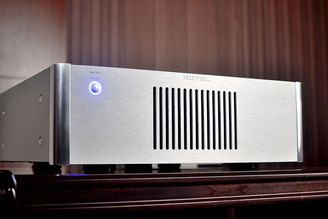 Rotel RB-1581 Mono Block Power Amplifier Silver - Stereophonic