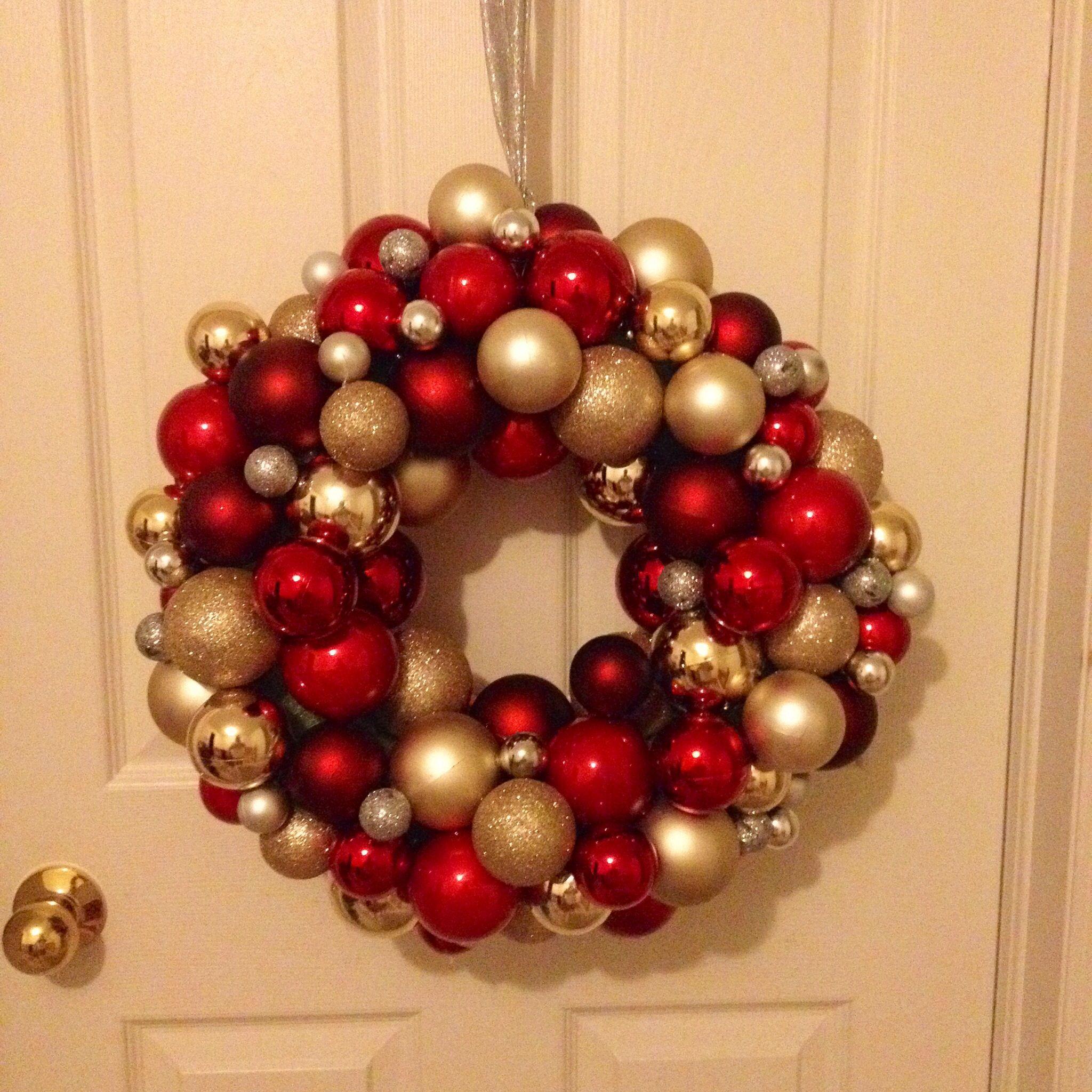 Loblaws Christmas Decorations: So I Pinned A DIY Christmas Ornament Wreath A Few Weeks