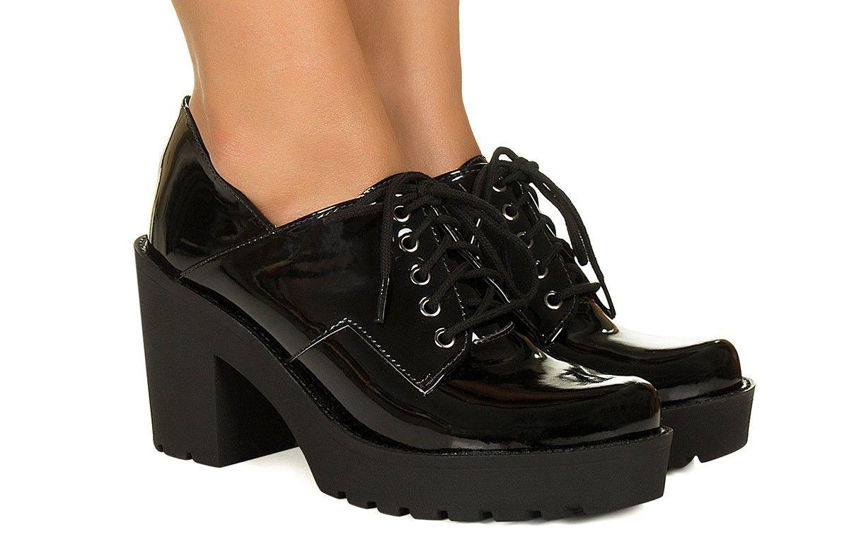 b97f362733 Sapato preto verniz com cadarço Taquilla - Taquilla - Loja online de  sapatos femininos