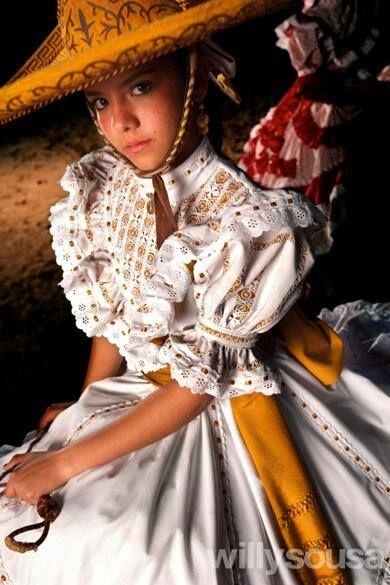 Las escaramuzas, elegancia y tradición de Jalisco México