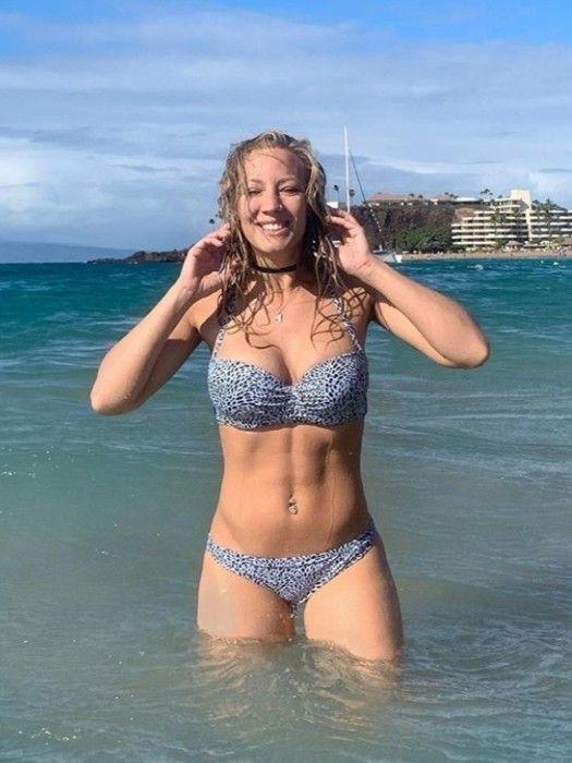 Nita strauss bikini