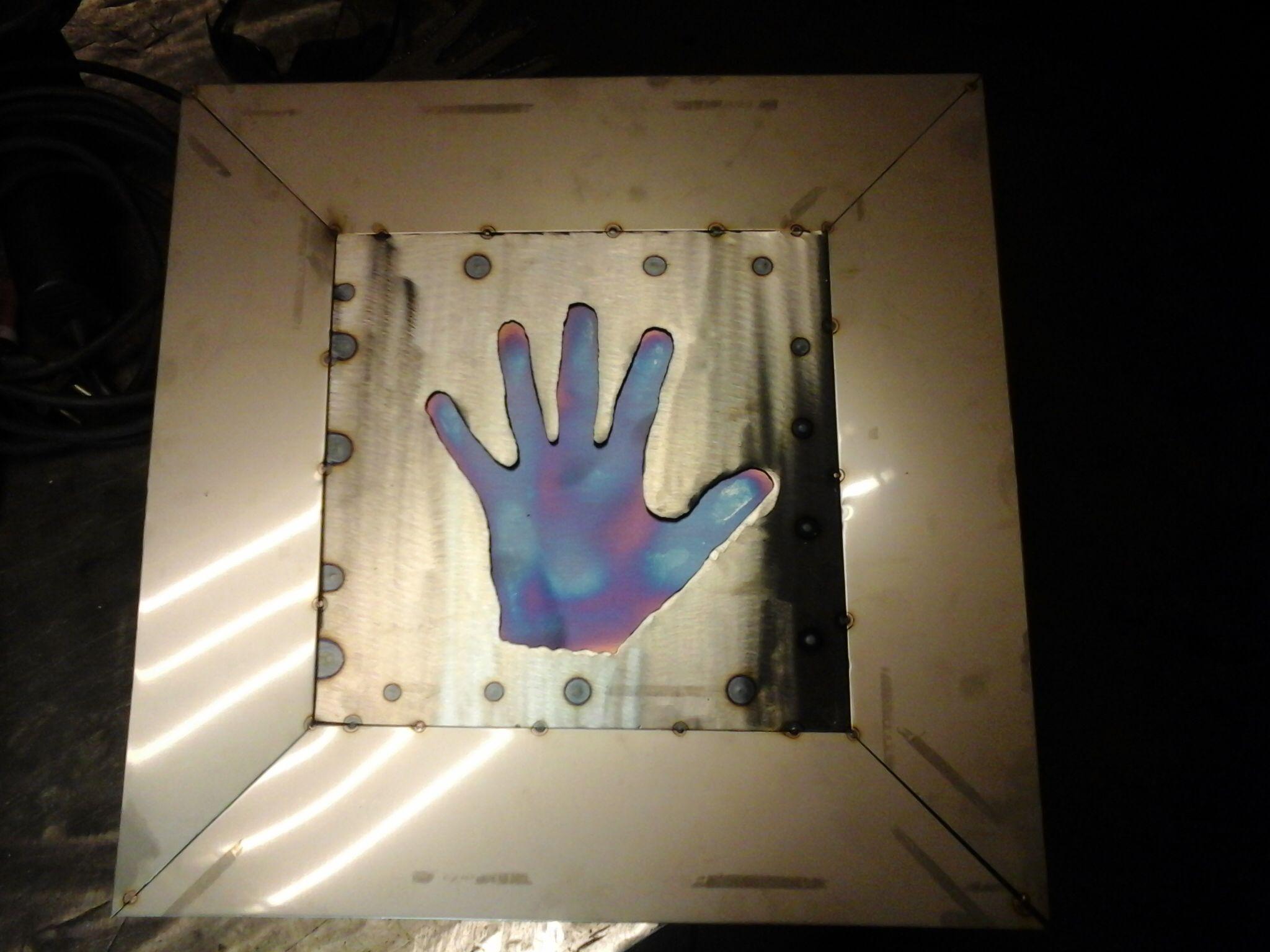 Hand aus Edelstahl