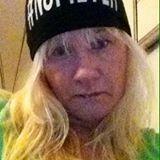 ★ Glamorous Green ★ Itsensä vapauttaminen ylimielisyydestä ja irrottautuminen pinttyneistä kaavoista on repäisevä mutta tarpeellinen toimenpide, jotta ihminen pystyisi auttamaan muita tässä maailmassa. https://www.facebook.com/anne.stenman/posts/10205722076474205?pnref=story