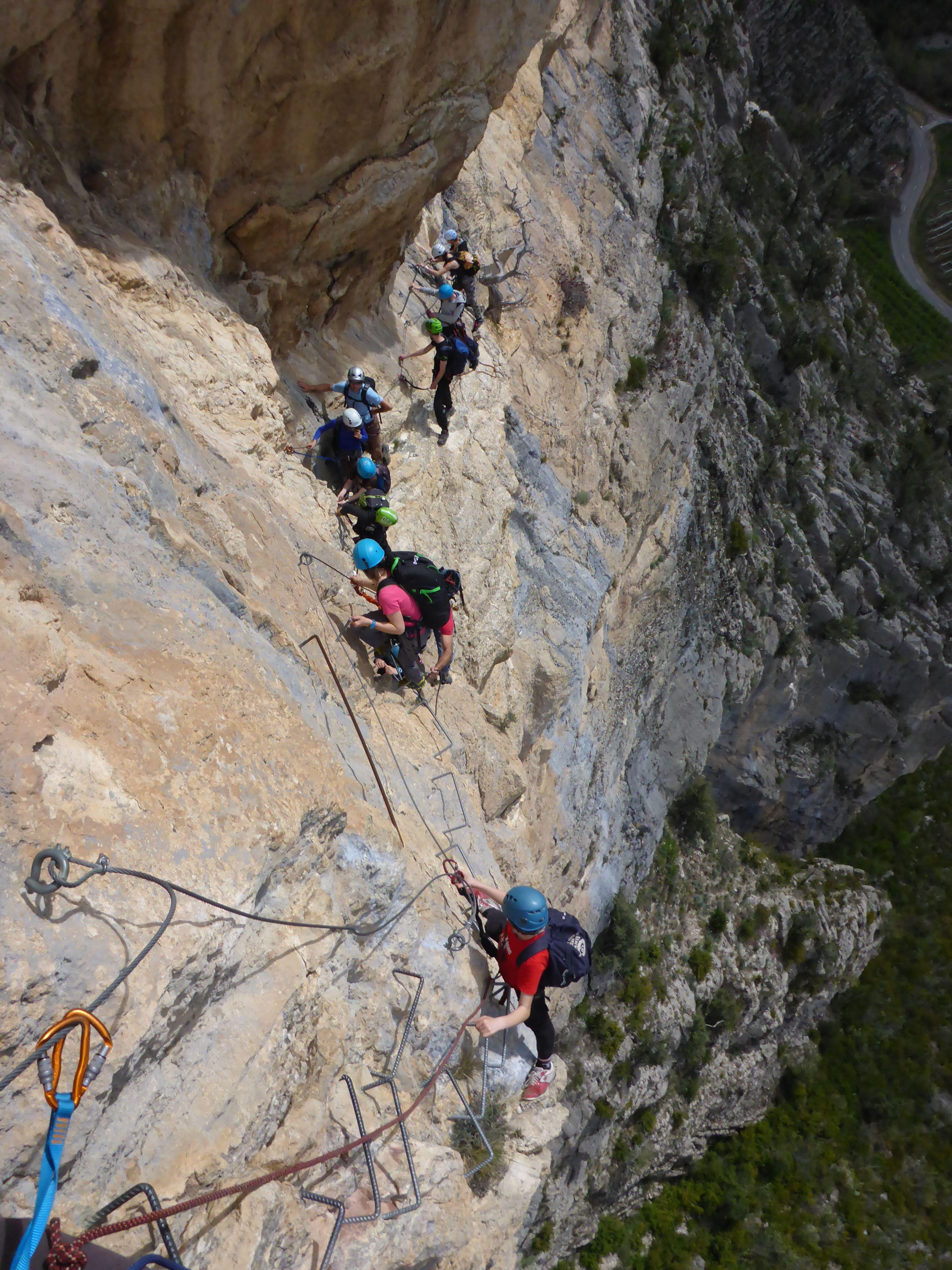 Via Ferrata De La Grande Fistoire A La Motte Du Caire Lesgeckos Le Caire Alpes De Haute Provence Alpes