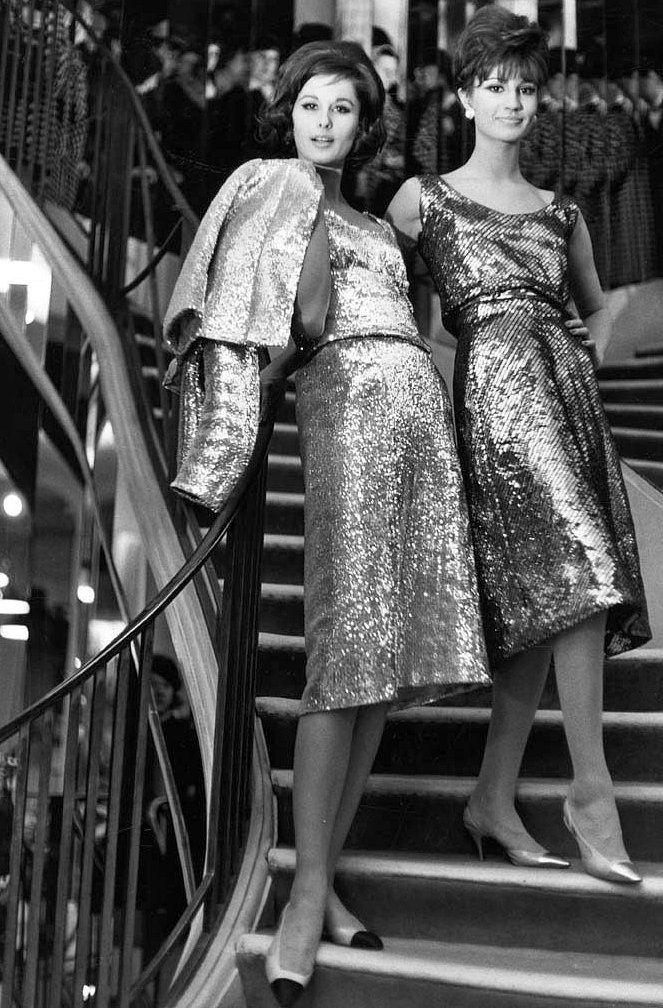 Tamara Nyman (L) & model in Chanel, 1960   Vintage dresses ...