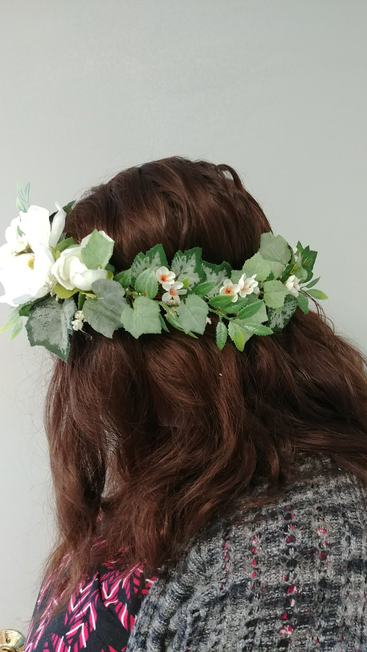 A Romantic White And Green Floral Crown In Silk White Wedding