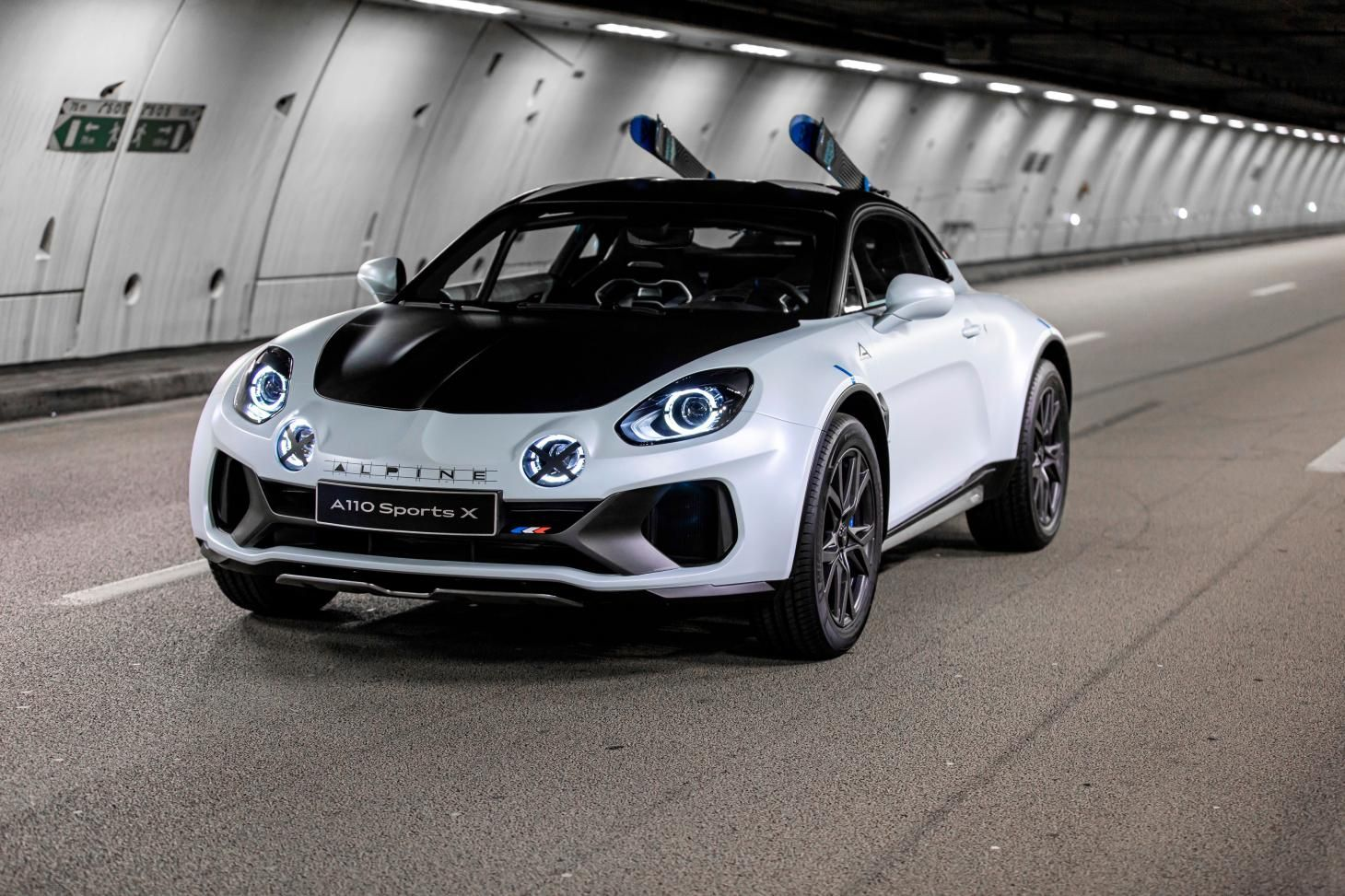 Peak Performance Automobiles Alpine Unveils The Sportx Electric Sports Car Alpine Car Renault Alpine