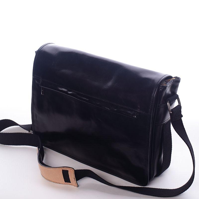 4e6676fc10 Kožená pánská taška přes rameno. vhodná na volný čas i do práce.  muži   móda  taška  přes  rameno  vánoce  vánoční  dárky