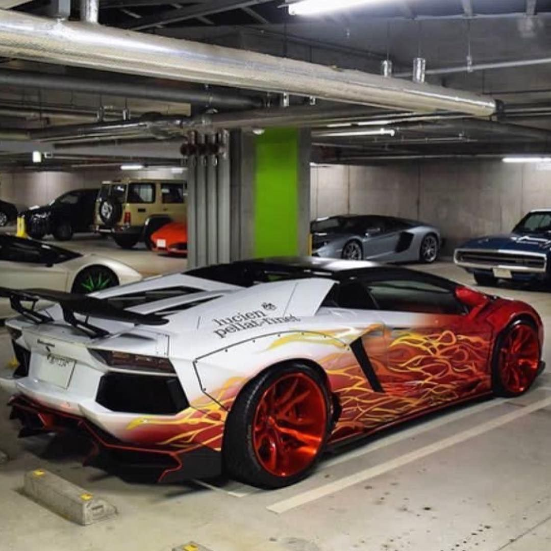 Pin By Mulpix Official On Lamborghini In 2020 Lamborghini Super Cars Lamborghini Aventador Roadster