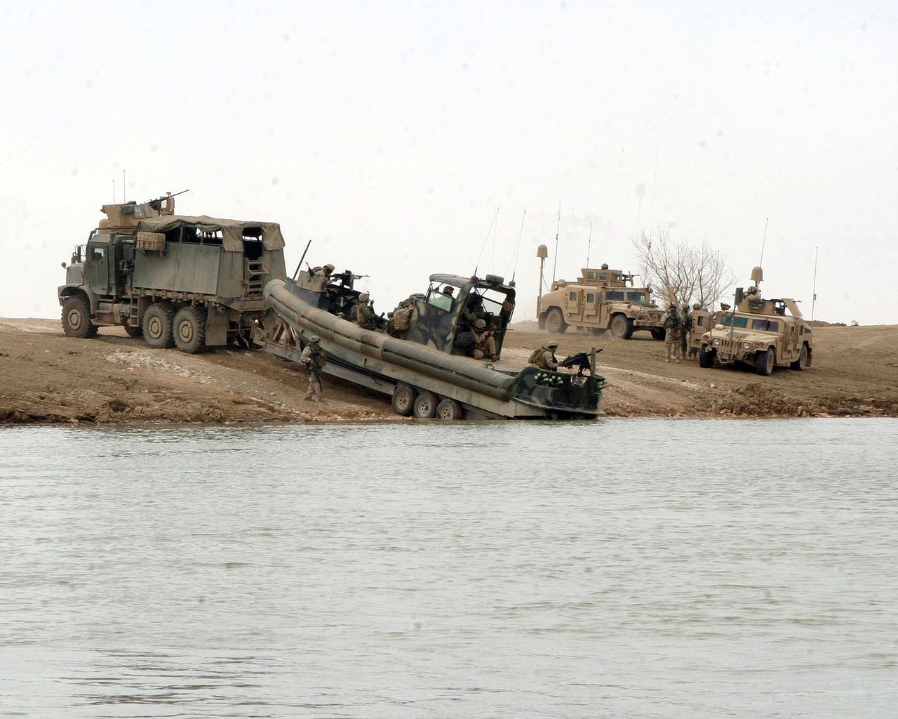It's like a weekend at Lake Havasu    except with BIG guns