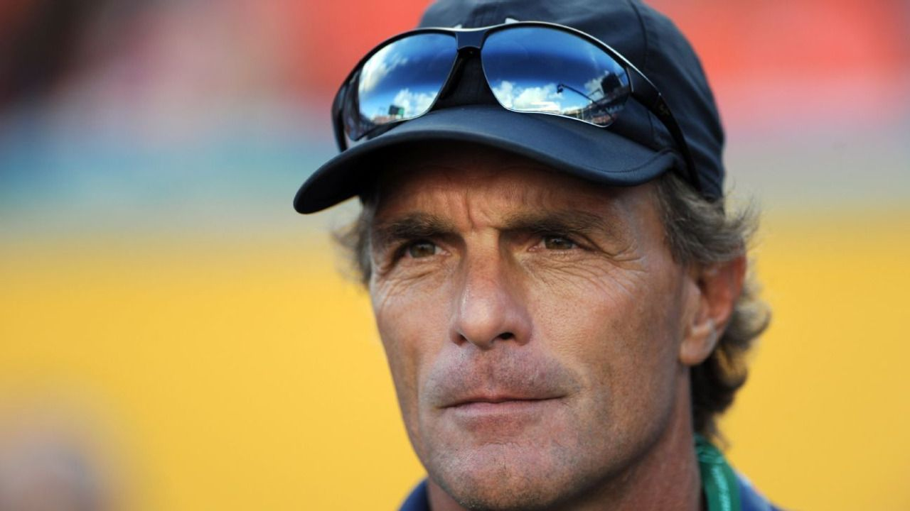 Doug Flutie to be contestant on this season's...: Doug Flutie to be contestant on this season's 'Dancing with the… #DancingwiththeStars2016