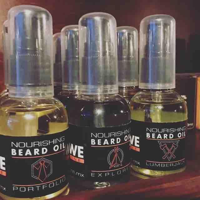 Aceite para mantenimiento de barba de la marca Regrowe #SerHombre #beardoil #beardcare #grooming #menstyle