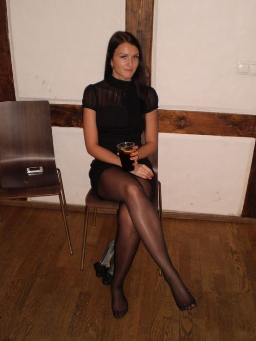 Amateur housewifes nylons and heels