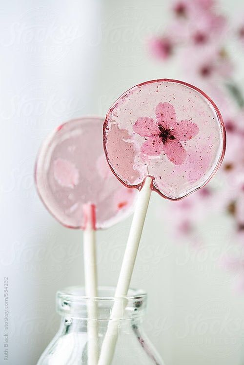 We Heart It 経由の画像 #cake #cakes #cupcakes #delicious #girly #pastries #sweet #cute
