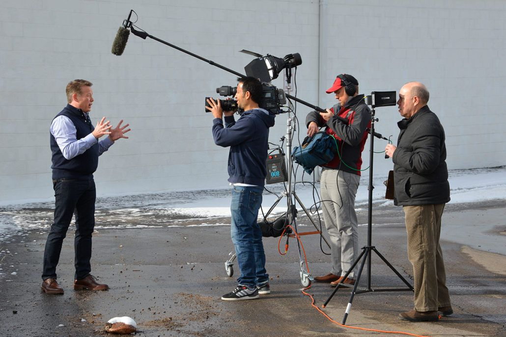Hosts New Series DIY Sci New shows, Spangler, Fun learning