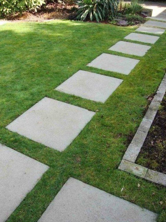 Garten Ideen Gartenweg Gestalten Zement Gr Ner Rasen In 2020 Garden Paths Charming Garden Brick Edging