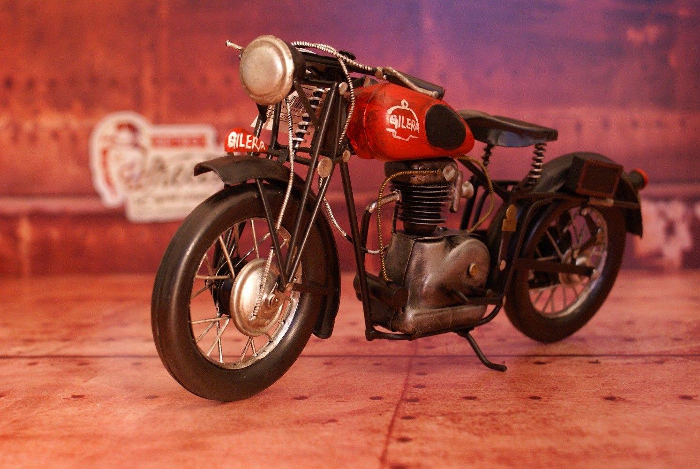 Moto Gilera #decoration #retro #miniature #moto