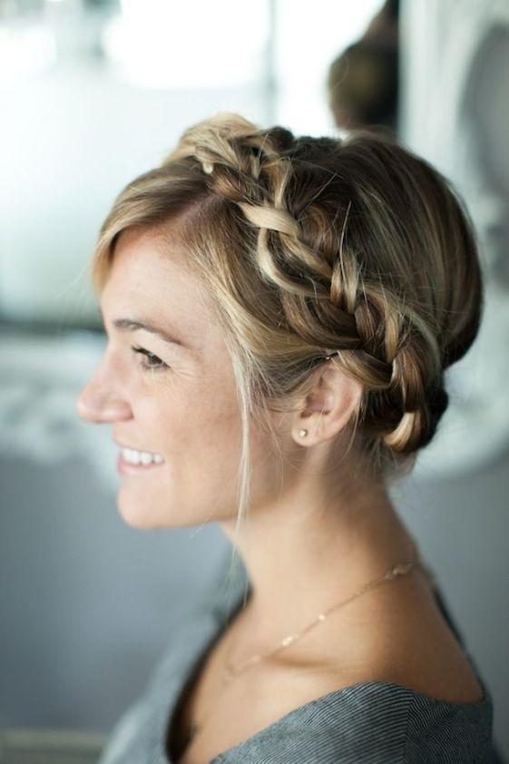 How To Crown Mesh Braid Tutorial Braided Hairstyles Cute Braided Hairstyles Hair Styles