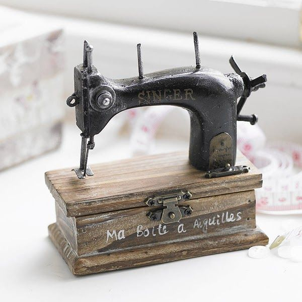 Extra Small Sewing Machine Trinket Box Sew Happy Pinterest Delectable Small Sewing Machines