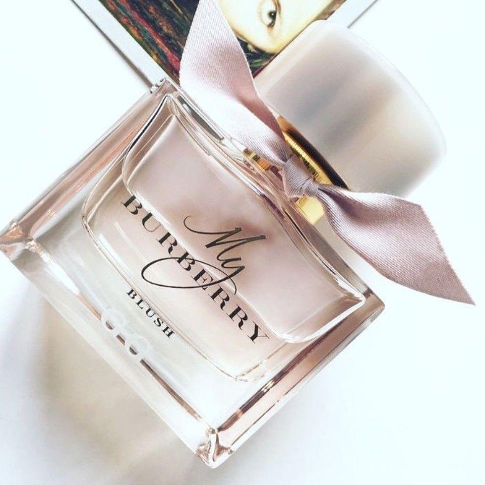 cd8caeb989a69 ᏁᎥƙƘᎥ ℒᎧᏤᏋᎦ My Burberry Perfume, Blue Perfume, Jasmine Perfume, Perfume  Bottles, Perfume