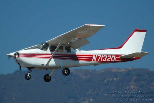 Cessna 172  Shane's has taken me up in this plane! Actually