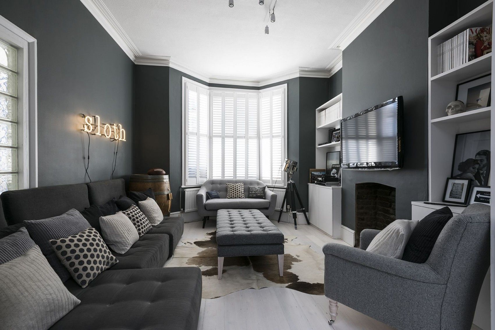 Grey Wall Modern Living Room In 2020 Dark Grey Living Room Dark Living Rooms Beige Living Rooms