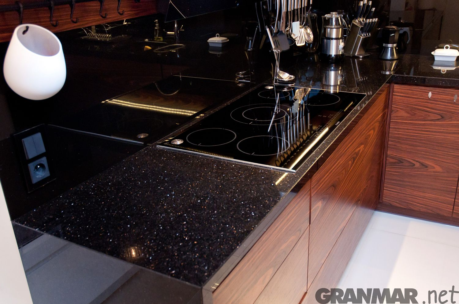 Zbliżenie #granit #Star #Galaxy #granite #countertop #kitchentop ...