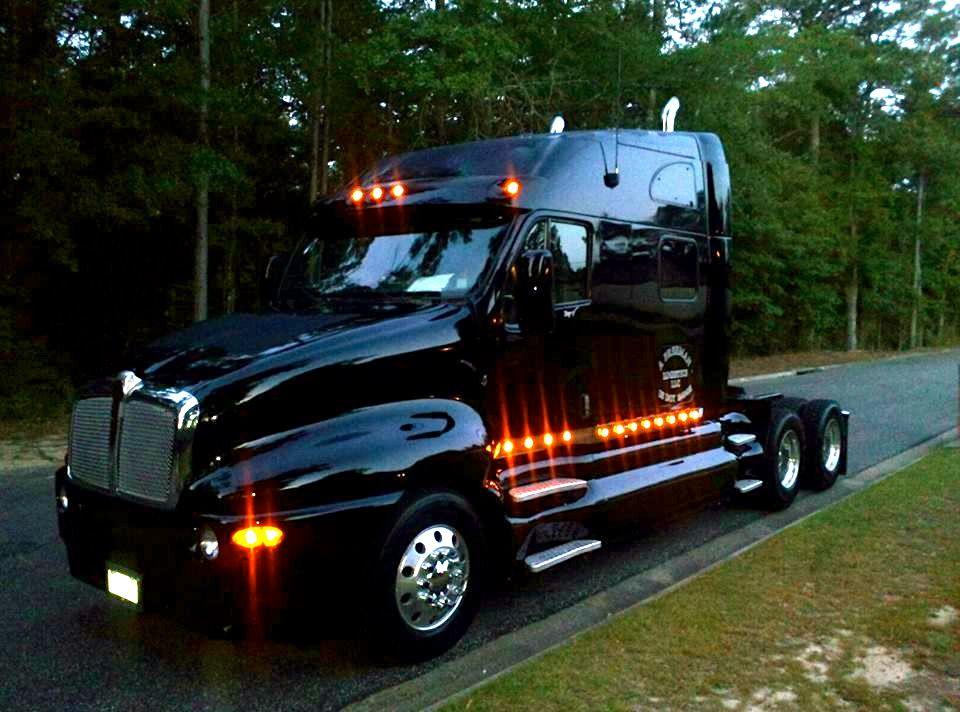 Led Lights For Semi Trucks >> Kenworth Lights Trucks Trucks Big Rig Trucks Kenworth Trucks