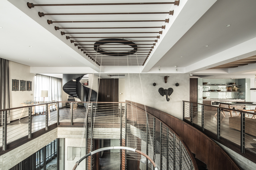 Xintiandi Penthouse; Shanghai, China / JOYCE WANG STUDIO