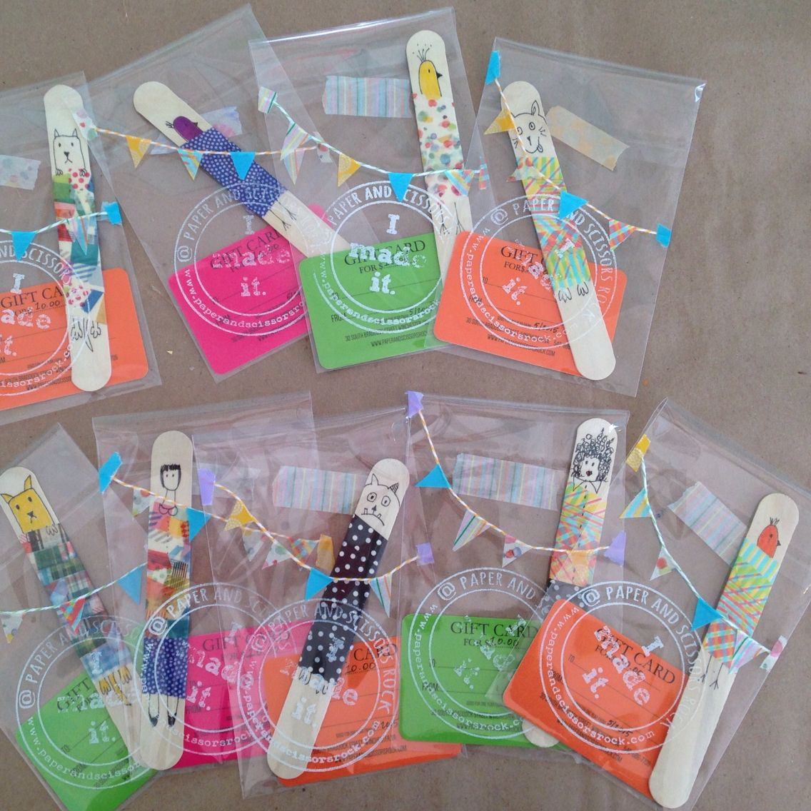 Fun gift card party favors!