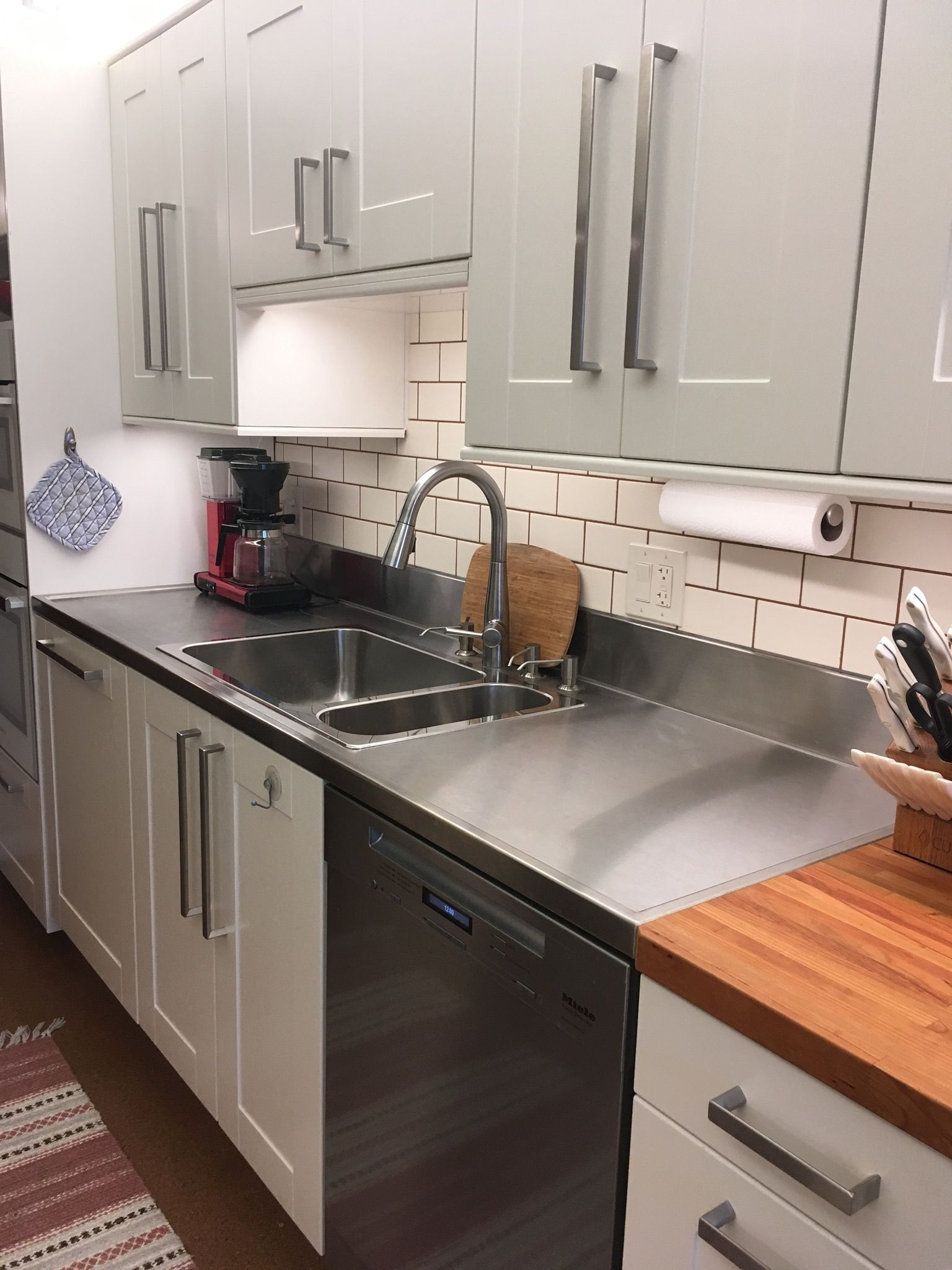 We Love The Way This Stainless Steel Countertop With Marine Edge