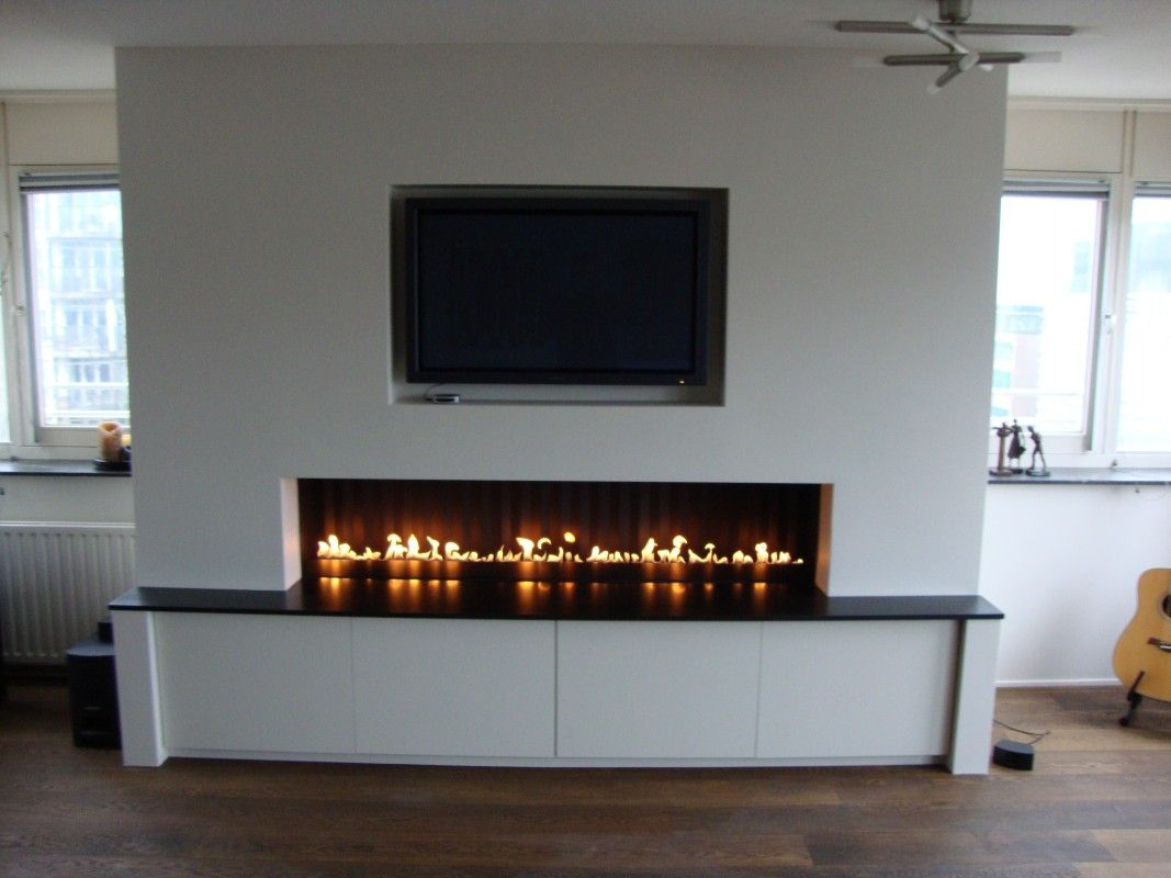 tv en gelhaard in een wand google zoeken fireplaces pinterest living rooms fire places. Black Bedroom Furniture Sets. Home Design Ideas