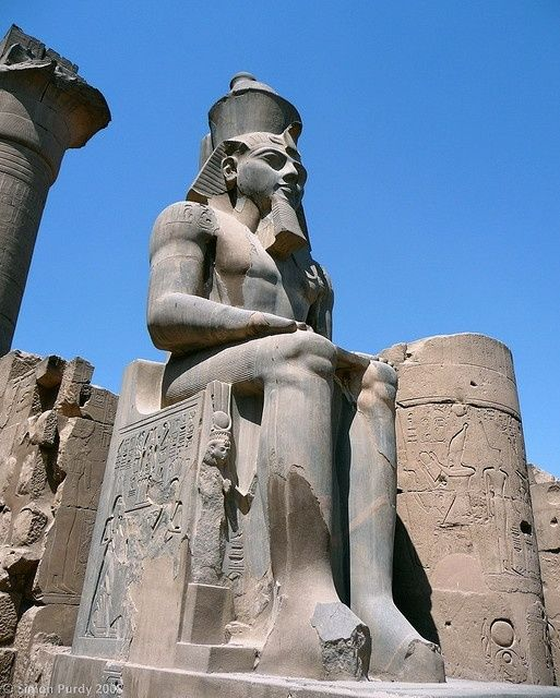 I'v got a mad obsession with Egypt, defo going there someday <3 Statue of Ramesses II, Luxor Temple, Egypt