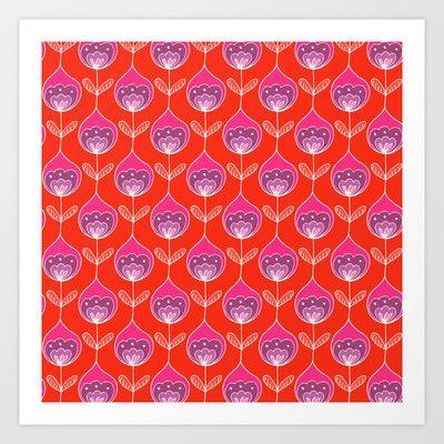 #surfacepatterndesign #repeatpattern #artlicencing #retroinspired #floral