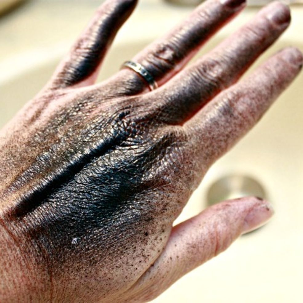 Get Spray Paint Off Of Your Skin Without Using Chemicals