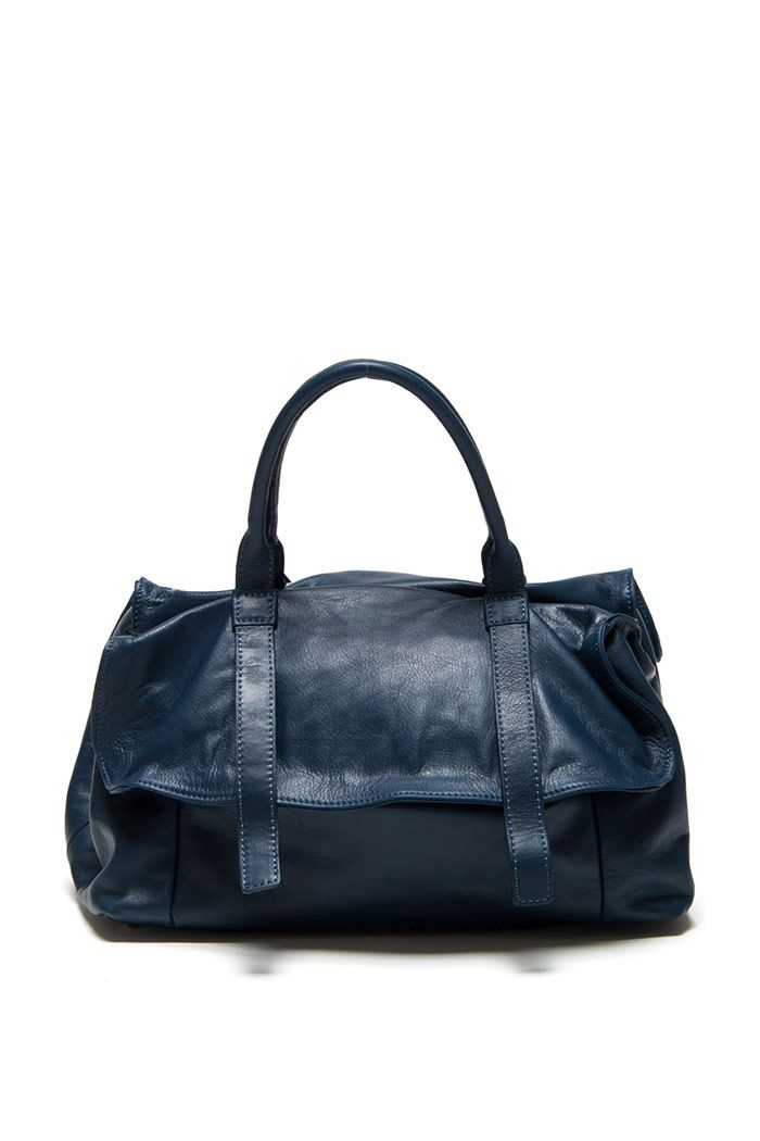 luisa vannini navy handbag markavip jd140 style woman pinterest. Black Bedroom Furniture Sets. Home Design Ideas