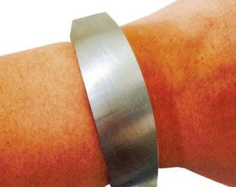 "Fitbit Bracelet for FitBit Flex *Pre-Order* The TORY 7"" Inch Brushed Silver Fitbit Bracelet - Simple, Classy, and Versatile - FREE Shipping!"