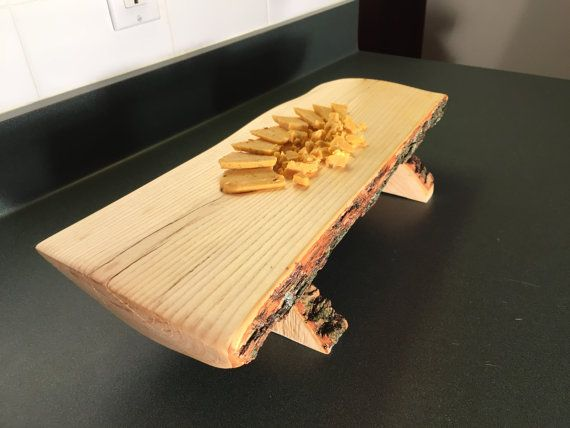 Tree Wood Serving Tray With Bark Cheese Platter Serving Tray Etsy In 2020 Serving Tray Wood Wood Serving Platter Wood Centerpieces