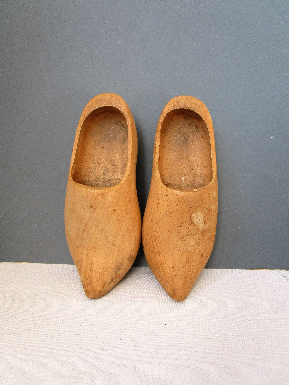 d1ac046a60cff Vintage WOODEN CLOGS Large Carved Wood Clogs Wooden Shoes DUTCH ...
