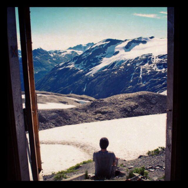 Hiking and backpacking Harding Icefield, Alaska