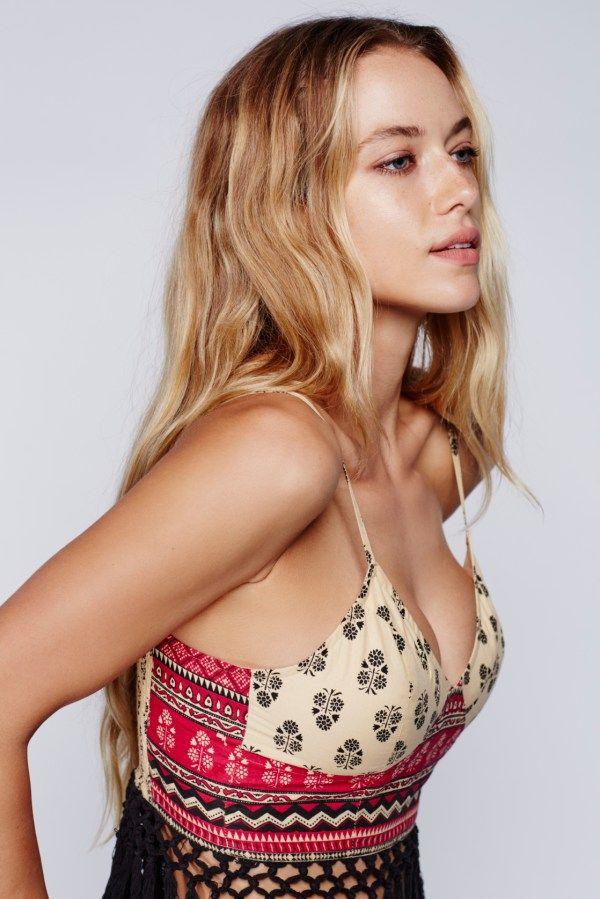 Hannah Ferguson Wallpapers Actress Hannah Ferguson Bra Model