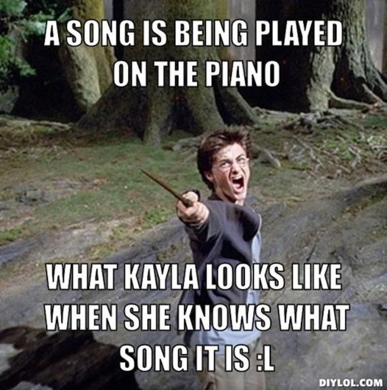 898c244135e356490ed3b3340aaef98e diylol a song is being played on the piano what kayla looks like