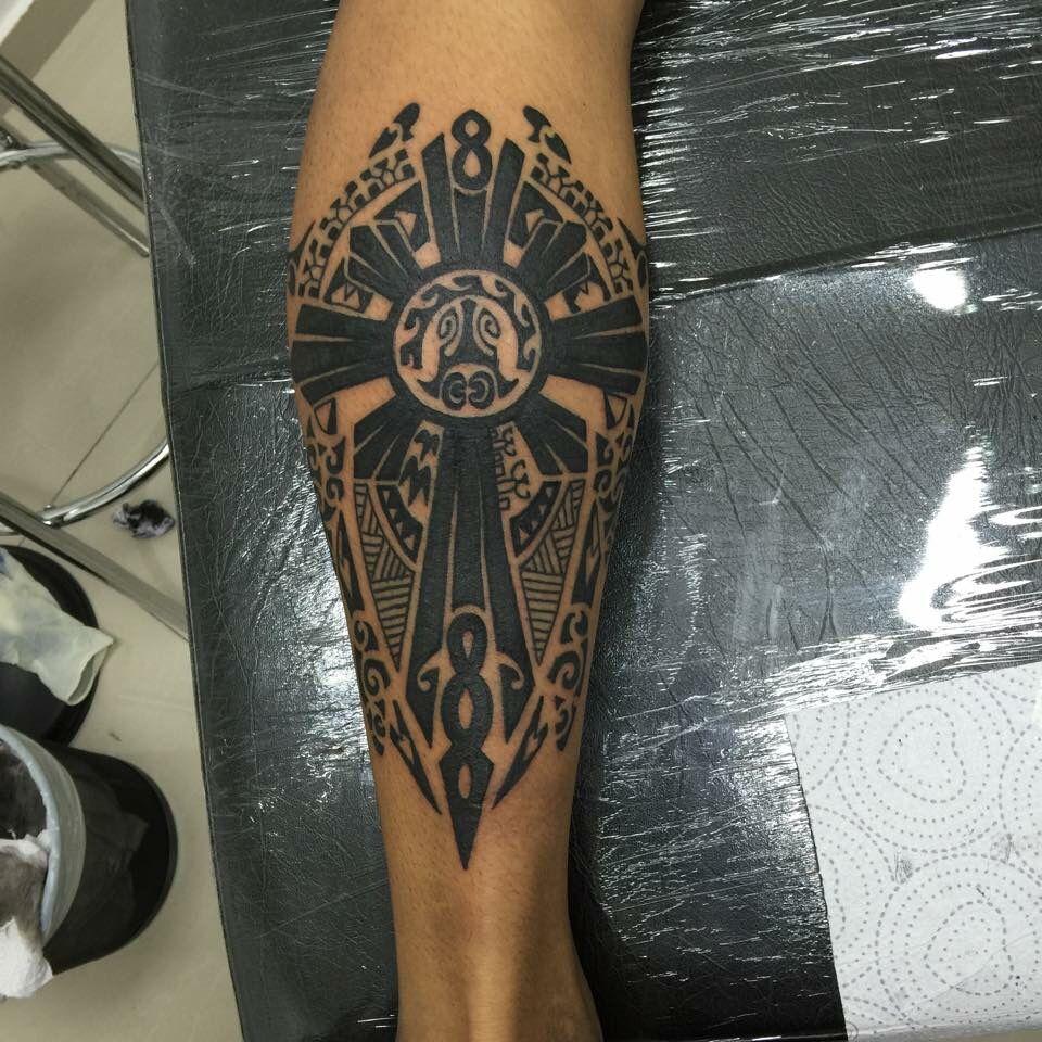 Tatouage tour de mollet galerie tatouage - Petit tatouage significatif ...