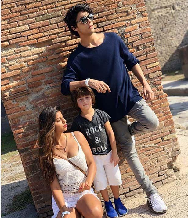 Suhana khan Photos Shairi in 2019 Shahrukh khan family