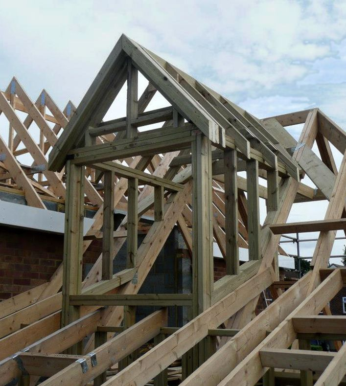 Industrial Commercial And Domestic Carpenter Dachstuhl Dach Stuhle